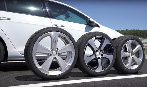 휠 크기가 내 자동차 성능에 미치는 영향 7가지