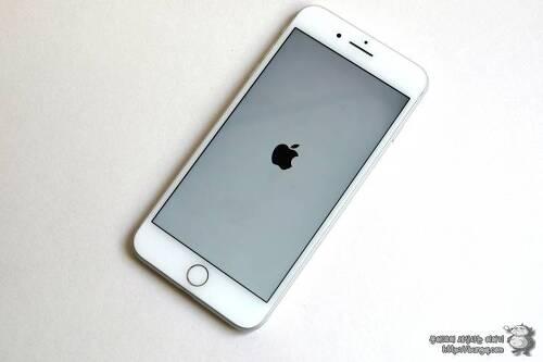 아이폰8, 아이폰8 플러스 강제 재부팅 및 강제 종료 방법
