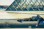 Edit by Juno_Saluer le soleil du Louvre. Edit by Juno_Saluer le soleil du Louvre Saluer le soleil du Louvre