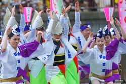 나카메구로 벚꽃축제 ( 中目黒桜まつり)
