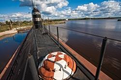 소련시절 퇴역 잠수함 B-440 내부 전경