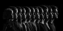 Photographer Captures All 11 of Her Kids in One Stunning Heirloom Portrait
