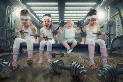 Interview: Creative Dad Photoshops His Kids Into the Funniest Situations 아빠의 자식 사랑