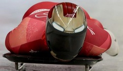 윤성빈 올림픽 금메달!을 향해 (관련기사)