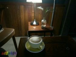 망원동 핫플) 골목길 사이에 숨겨진 카페 반듯과 다양한 튀김 덮밥 맛집 이치젠