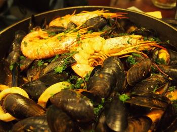 [Day2] 프랑스 홍합요리로 유명한 프렌차이즈 '레옹드브루쉘 (Leon de bruxelles)'
