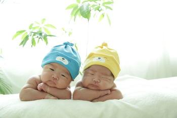 드디어 쌍둥이 50일 사진촬영입니다.