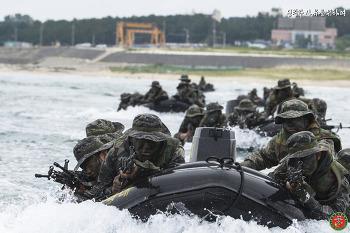 22대대 장병들의 상륙기습훈련!