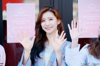 180506 헬로비너스 Hellovenus (유영 YooYoung) - 6주년 팬미팅 직찍 7P