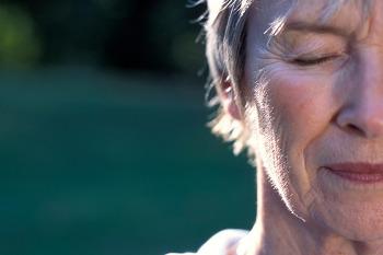 기억을 앗아가는 치매 자가진단법 조기 발견하면 도움되는 질환