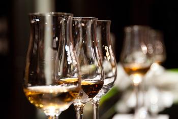 [와인과 친해지기] 발포성 와인 (Sparkling Wine) 4편, 샴페인을 만든 사람들 (뵈브 클리코)