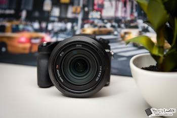 사진 영상 부족함 없는 하이엔드 카메라, RX10M4