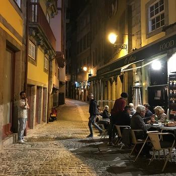 유럽 배낭여행 포르투의 밤문화와 클럽 the wall