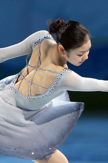 팬들의 솜씨, 김연아 올림픽챔피언 1~3주년기념 멋진영상