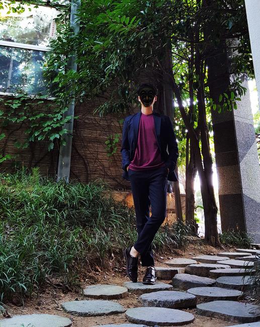 [비긴어게인 댄 패션] 남자 세미정장 코디 : 남자 네이비 자켓 & 슬랙스 코디 with 아메리칸어패럴 티셔츠