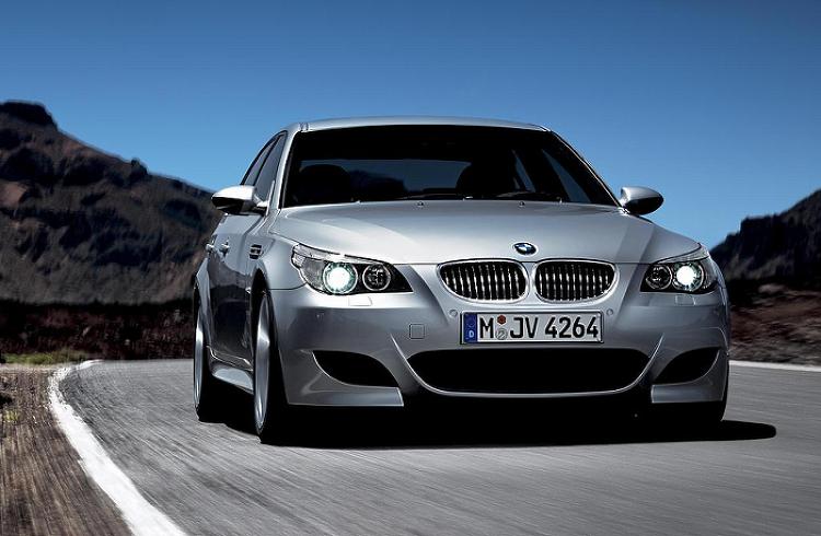 자연흡기 시대를 풍미했던 전설, BMW E60 M5