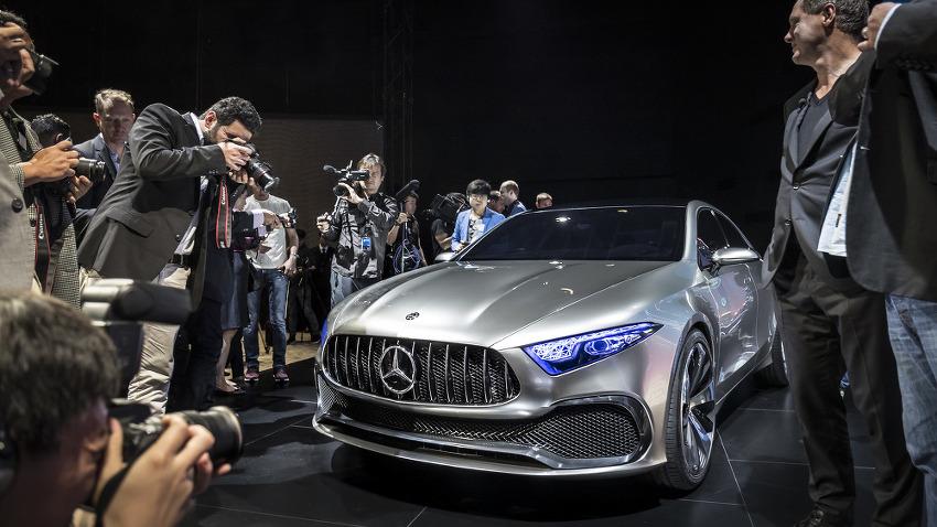 메르세데스 벤츠 컨셉트 A 세단(Concept A Sedan) 고화질 사진들 + 2017 상하이 모터쇼