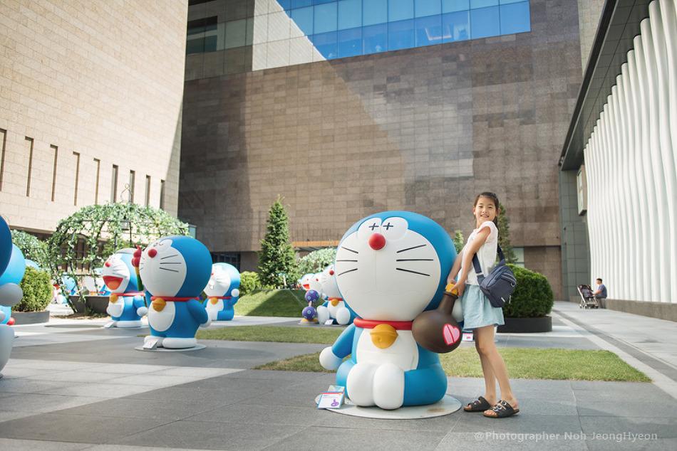 판교 현대백화점 그리고 도라에몽