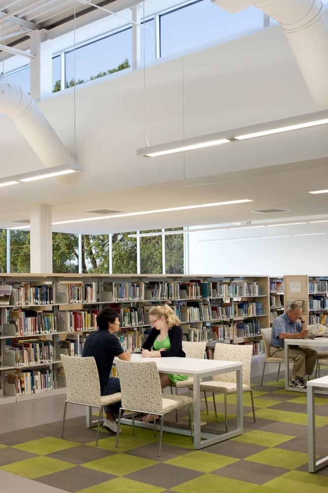 Meyer Scherer Rockcastle Ramsey County Roseville Library 5osa