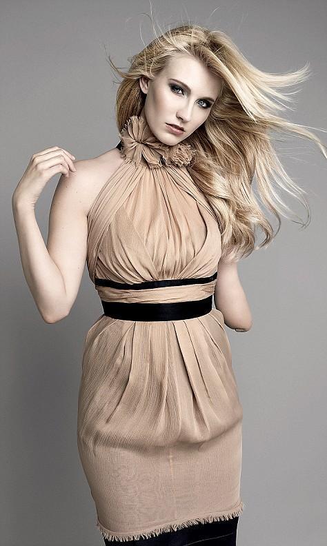 켈리 녹스 Kelly Knox - 영국 장애인 패션모델