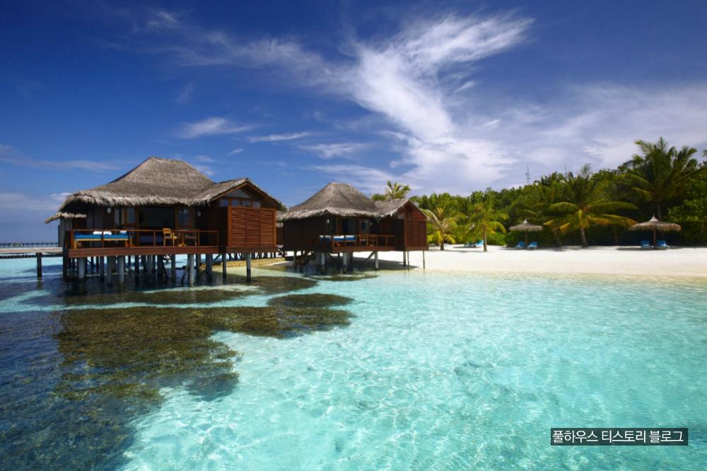 Medhufushi Island Resort Maldives Water Villa