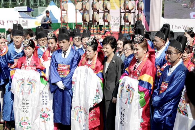 반한국인, 다문화가정 아이