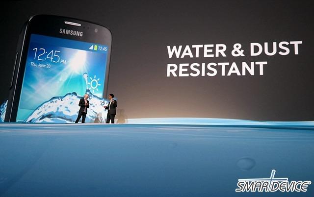 갤럭시S4 액티브, 갤럭시s4, 삼성 프리미어 2013, 방수 방진 갤럭시, 방수 방진 갤럭시S4, 갤럭시 액티브, 아웃도어, 아웃도어 스마트폰, 아쿠아 모드, Galaxy S4 Active