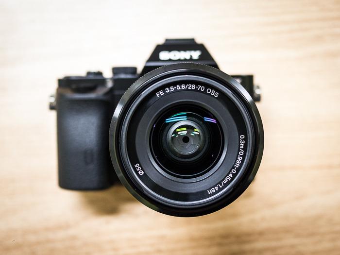 풀프레임 미러리스 카메라 소니 A7을 사다