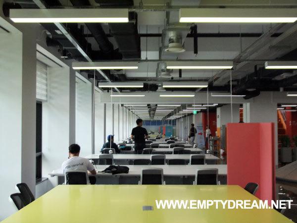 서울창업허브 시설 구경 - 옥상, 휴게실, 사무실, 코워킹 스페이스 등