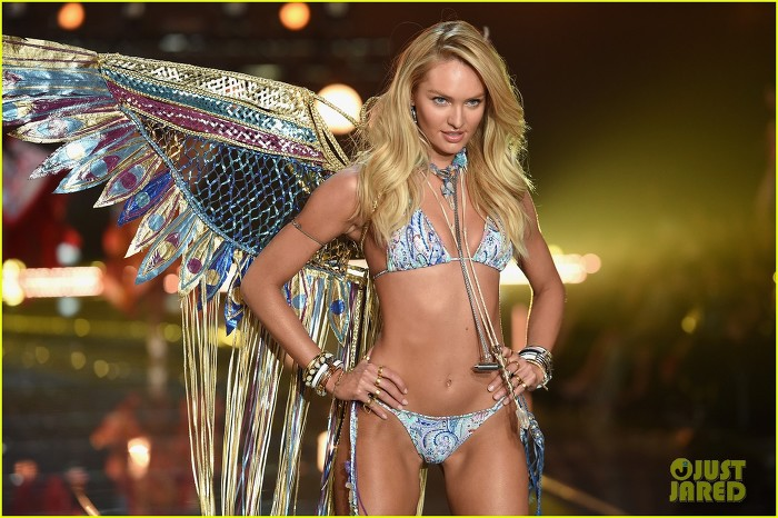 Romee Strijd Victoria S Secret Fashion Show