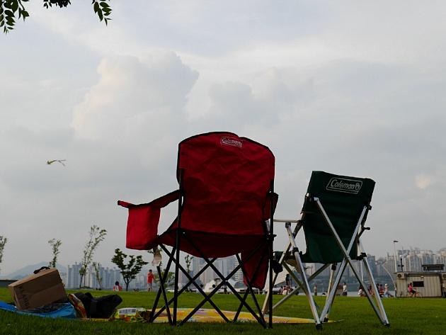 콜맨 캠핑의자