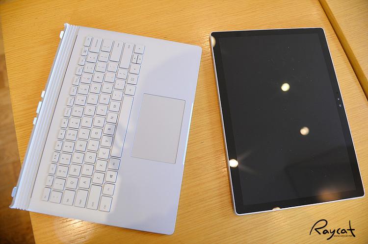 서피스북 키보드와 태블릿 분리
