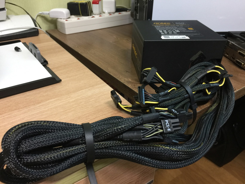 안텍 컴퓨터 파워 Antec TP-650C 80PLUS GOLD 케이블