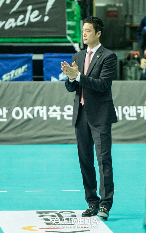 우리카드 김상우 감독