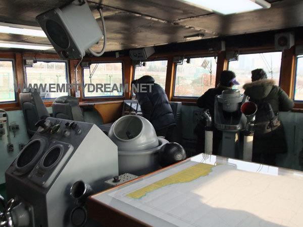 서울함공원 - 한강 함상공원, 서울함 사진들