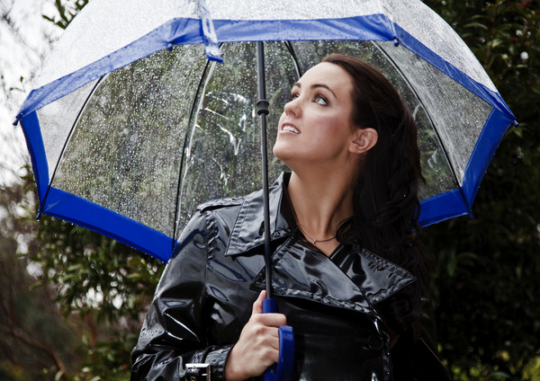 비오는 날 여성 우산 쓴 스톡사진 이미지(jpg) 모음