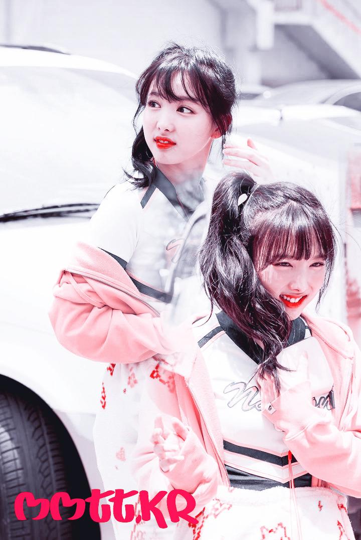 트와이스 나연 포토샵리터치 핑크톤