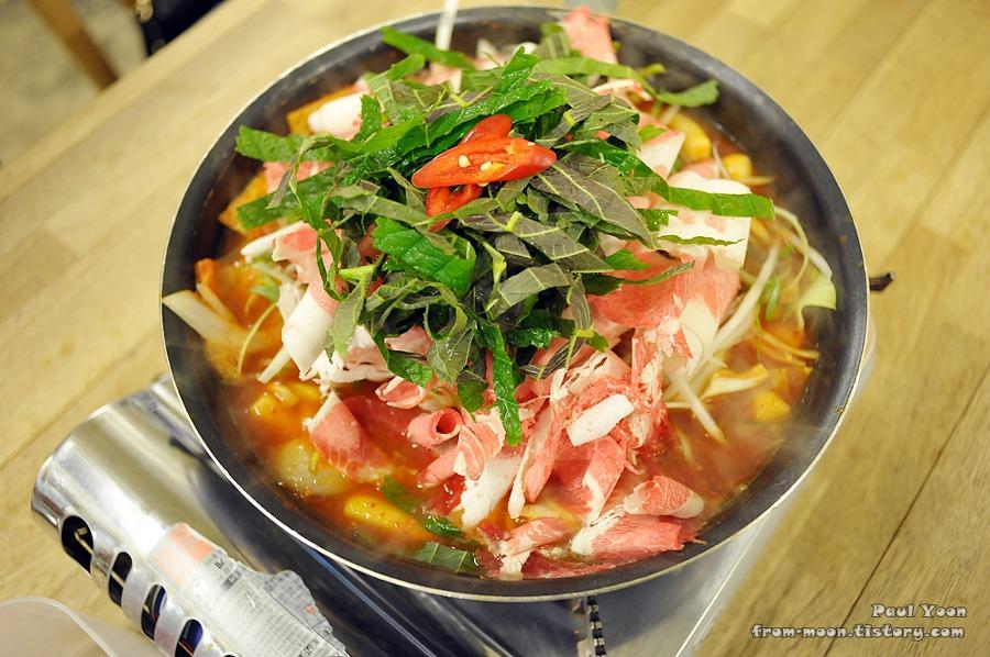 [천안 신부동 떡볶이] 팔팔닭떡볶이에서 먹은 차돌 떡볶이 (천안 터미널 떡볶이, 천안 팔팔떡볶이)