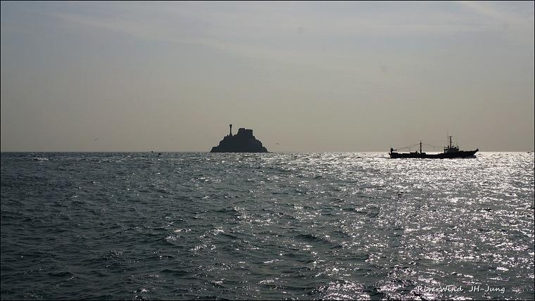 주전자섬과 무역선